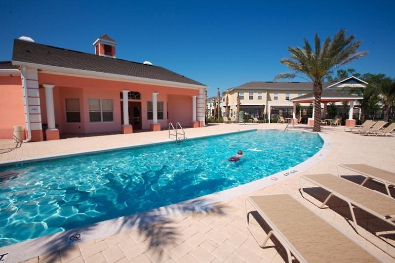 Coral Cay Resort Pool