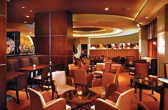 Fairmont Chicago, Millennium Park Bar