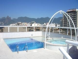 Atlantis Copacabana Pool