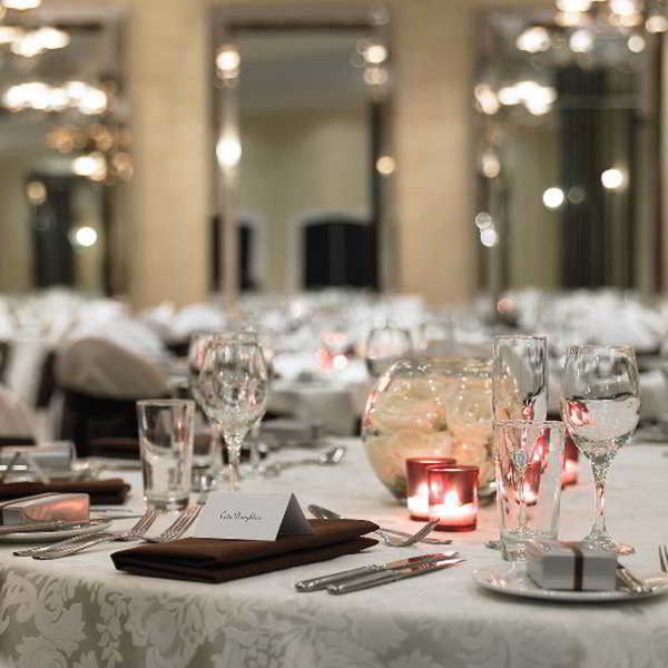 Royce Hotel Restaurant