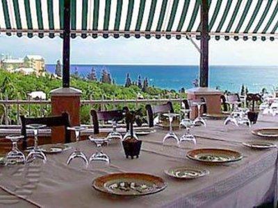 Grotto Bay Beach Restaurant