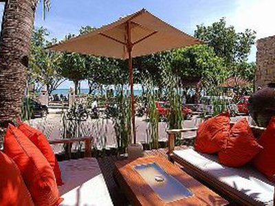 Kuta Seaview Boutique Resort & Spa Terrasse