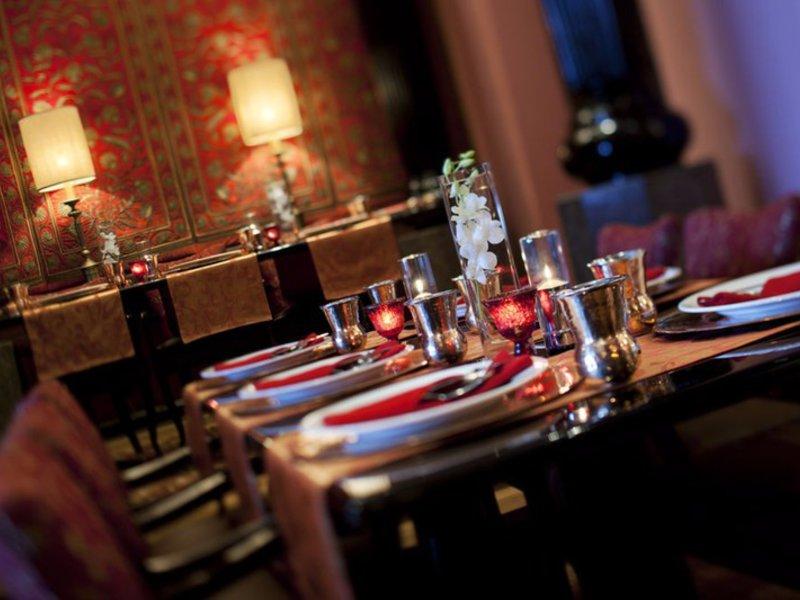 Marriott Executive Apartments, Lakeside Chalet Mumbai Restaurant