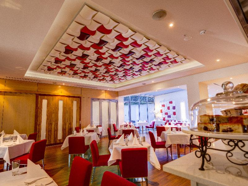 Mantra Charles Hotel Restaurant
