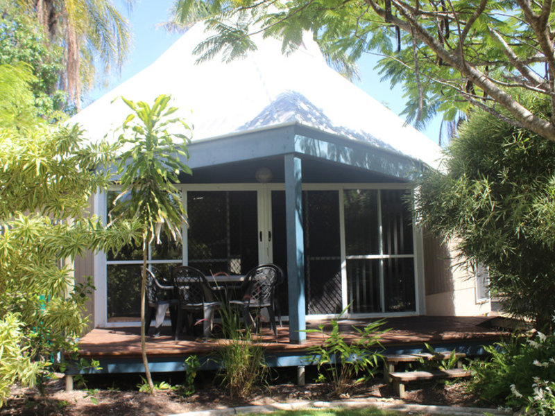 Kellys Beach Resort Garten
