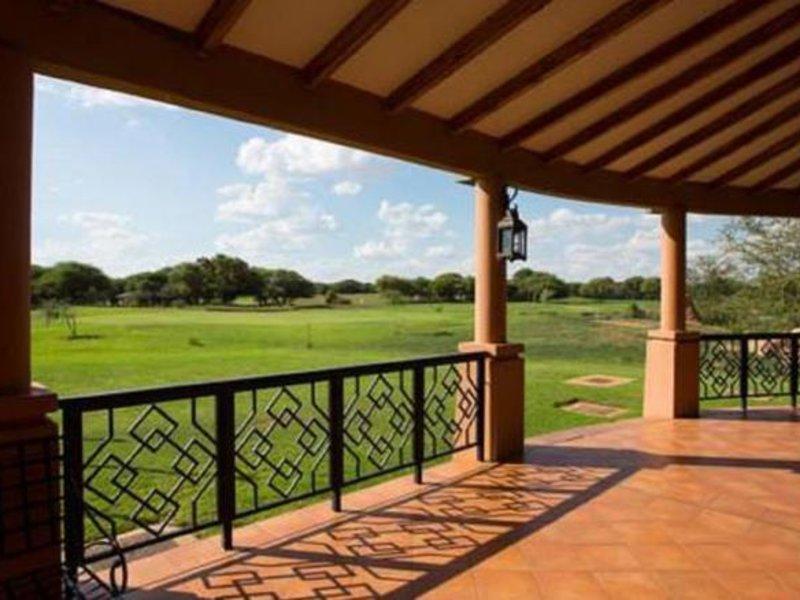 Phakalane Golf Estate Hotel Resort Terrasse