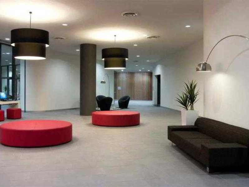 Cairns Harbour Lights Lounge/Empfang