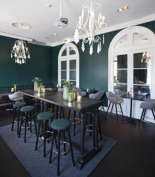 Van der Valk Hotel Brugge - Oostkamp Bar