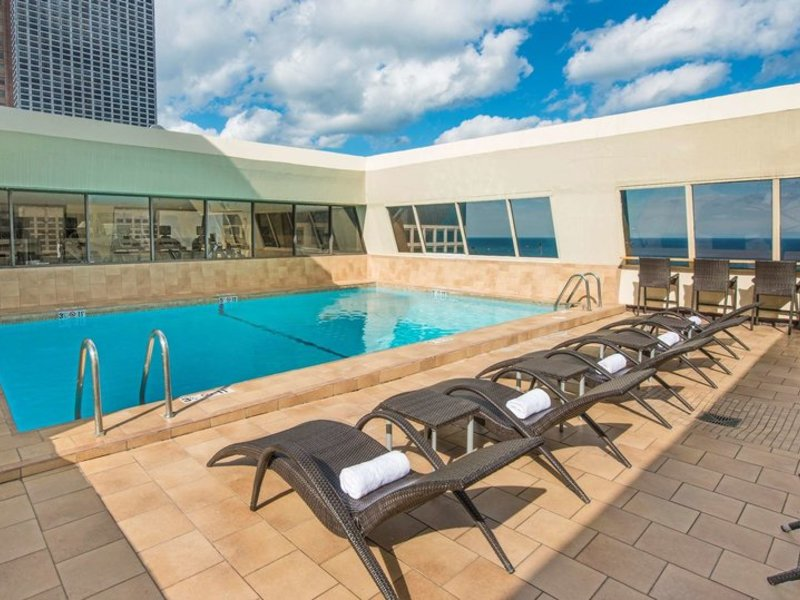 Hampton Inn Chicago Downtown/Magnificent Mile Pool