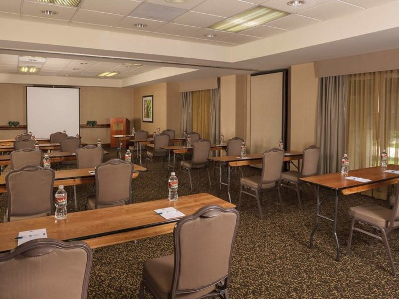 Homewood Suites Dallas - Market Center Konferenzraum