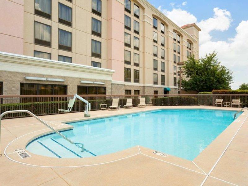 Hampton Inn Dallas-Irving-Las Colinas Pool