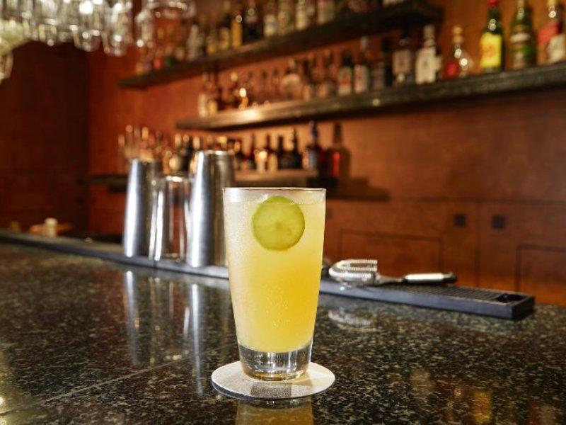Libertador Lima Bar