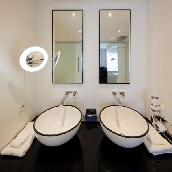 Van der Valk Hotel Brugge - Oostkamp Badezimmer