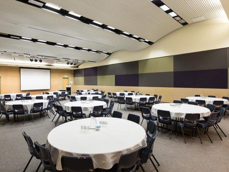 Quest Eight Mile Plains Konferenzraum