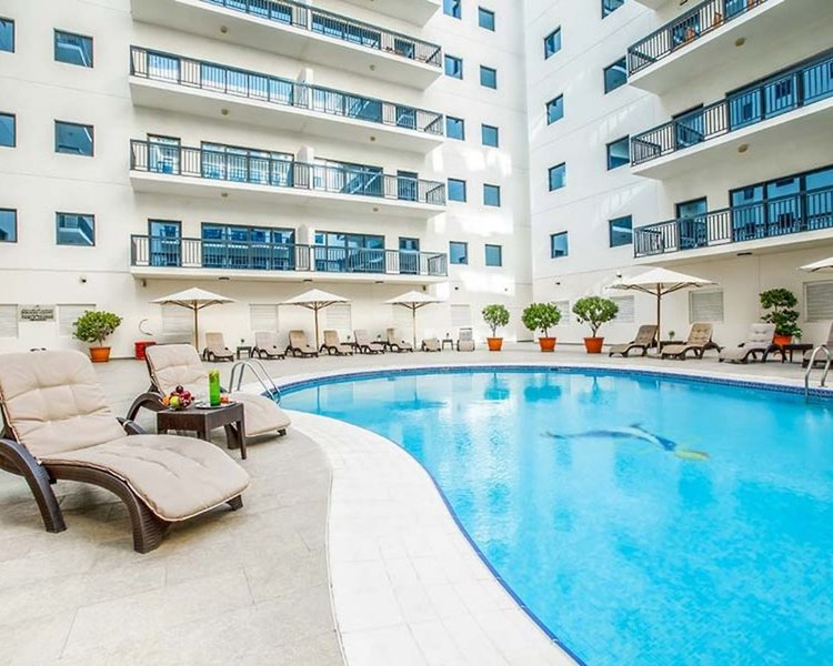 Golden Sands 5 Pool