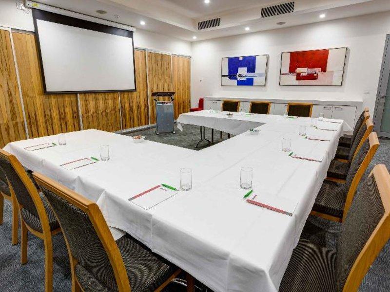 Mantra Charles Hotel Konferenzraum