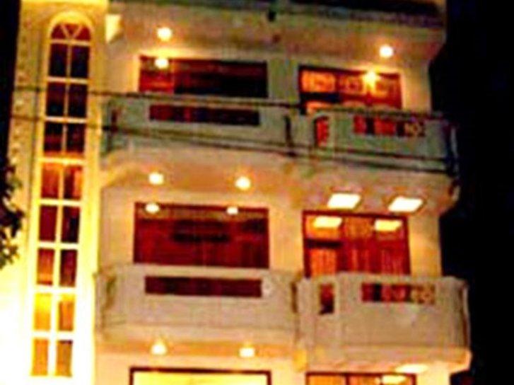 OYO 510 Hotel Chand Palace Lounge/Empfang