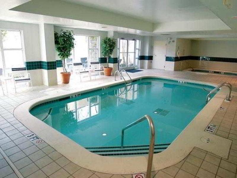 Fairfield Inn and Suites by Marriott Atlanta Buckhead Pool