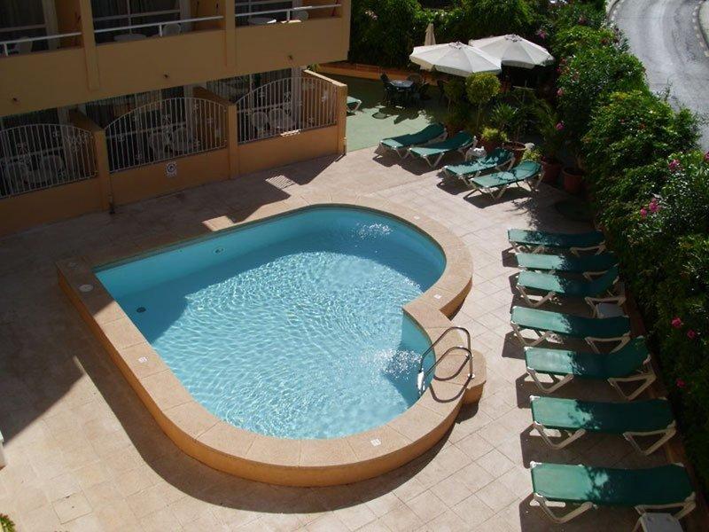 Montenova Apartments Pool