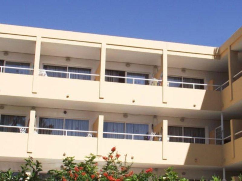 Montenova Apartments Außenaufnahme