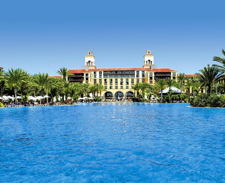 Lopesan Costa Meloneras Resort, Corallium Spa & CasinoPool