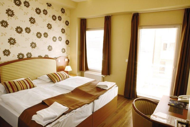 Six Inn Hotel Budapest Wohnbeispiel