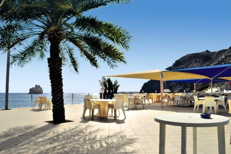 Tulip Inn Downtown Muscat  Bar