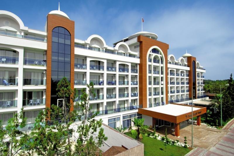 Maya World Hotel Außenaufnahme