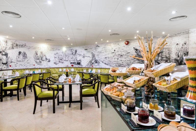 Tulip Inn Downtown Muscat  Restaurant