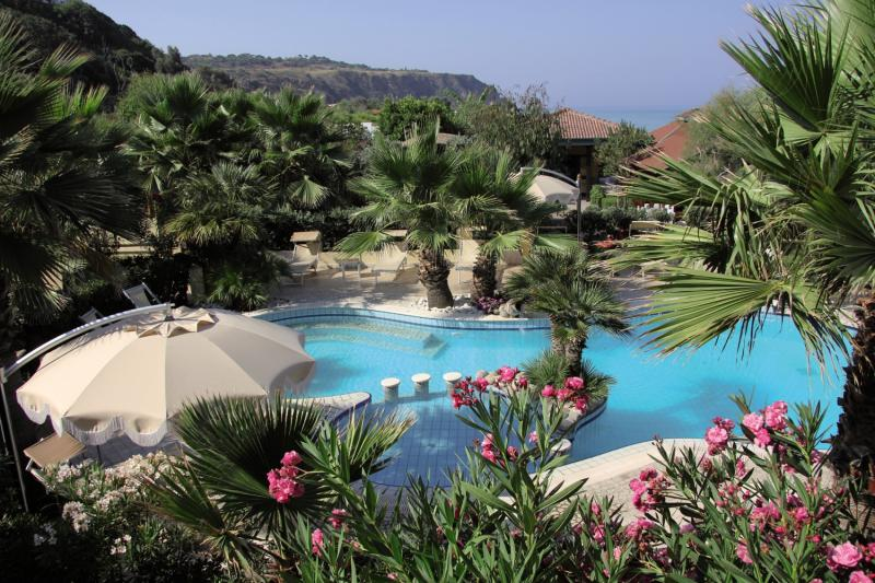 Baia del Godano Resort & Spa Pool