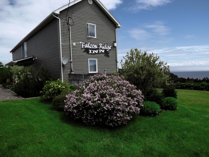 Falcon Ridge Inn Außenaufnahme