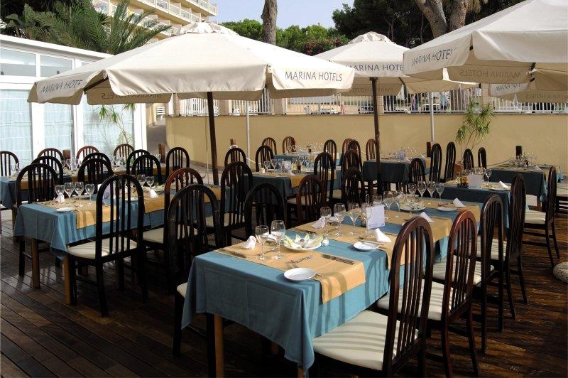 AluaSun Torrenova Restaurant