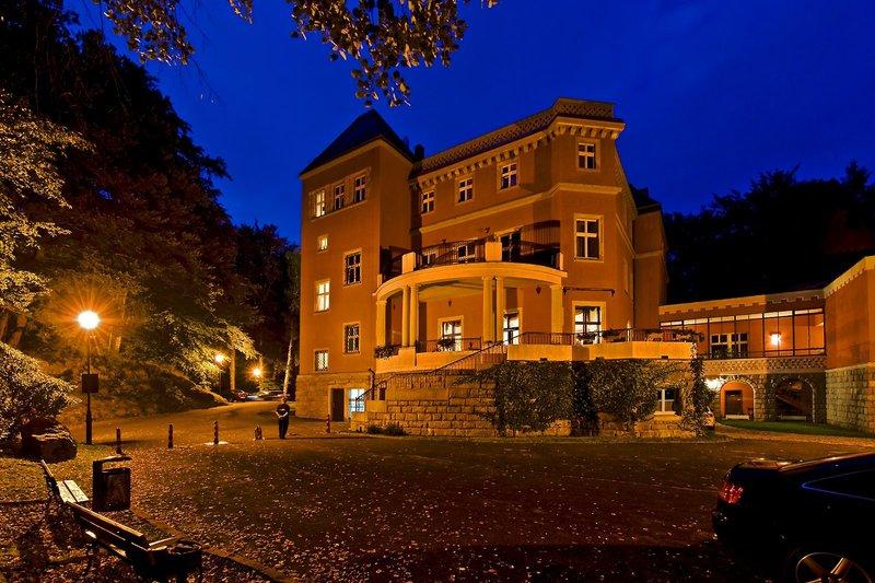 Schloss Paulinum Außenaufnahme