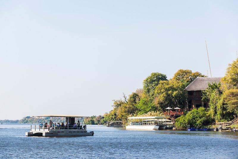 aha Chobe Marina Lodge Außenaufnahme