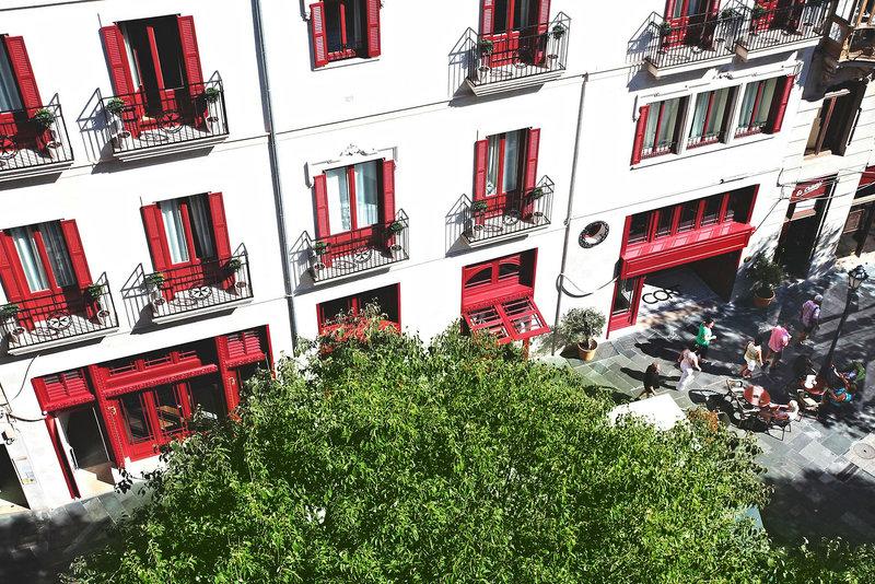 Hotel Cort Außenaufnahme