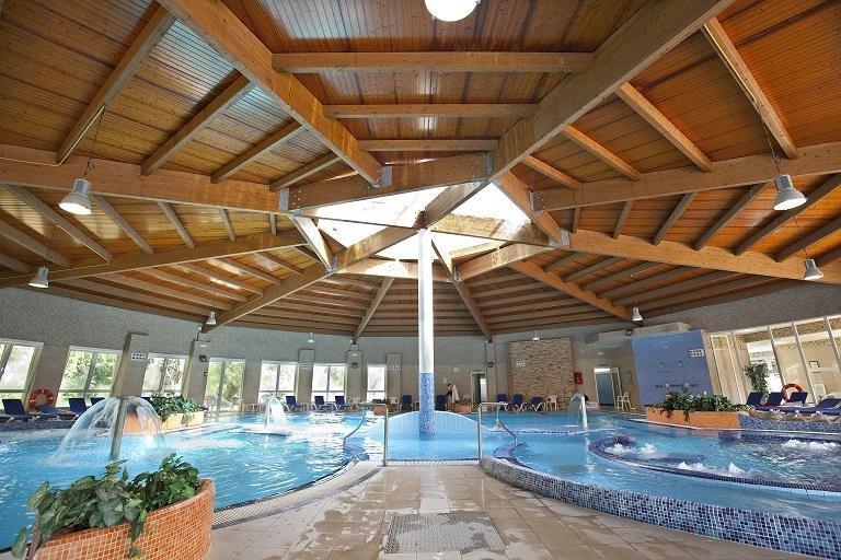Termas De Cuntis - Hotel Castro do Balneario Hallenbad