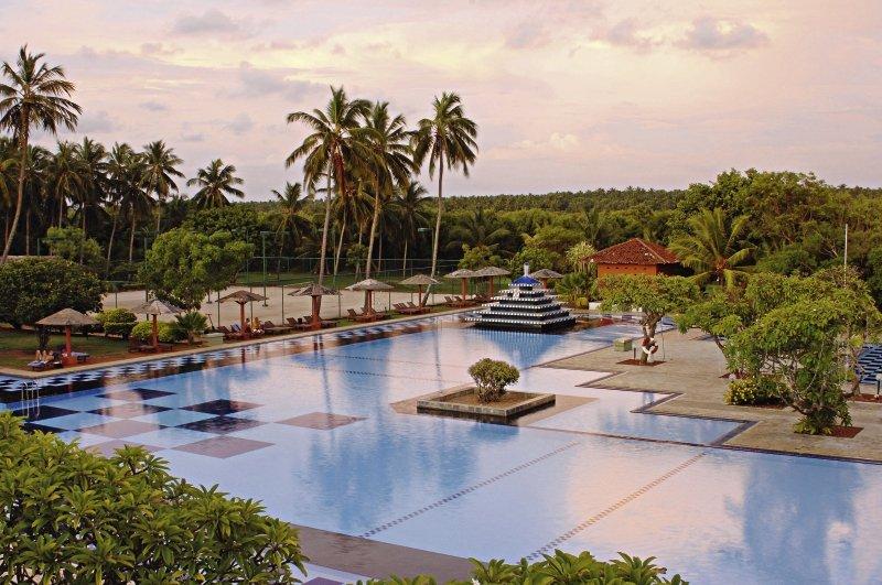 Club Palm Bay Pool