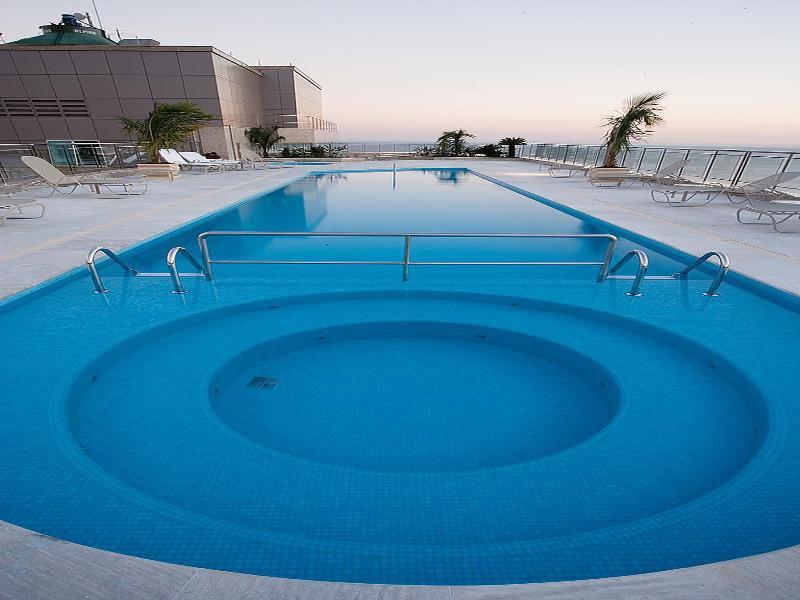 Windsor Barra Pool