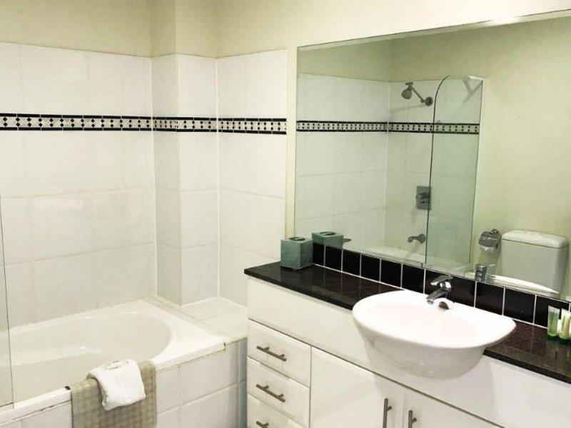 Ramada Shoal Bay Resort & Spa Badezimmer