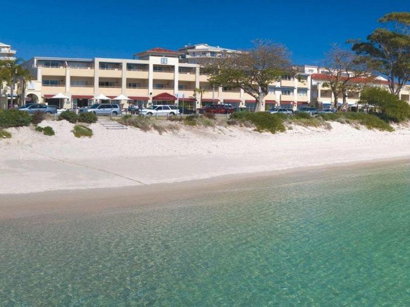Ramada Shoal Bay Resort & Spa Außenaufnahme