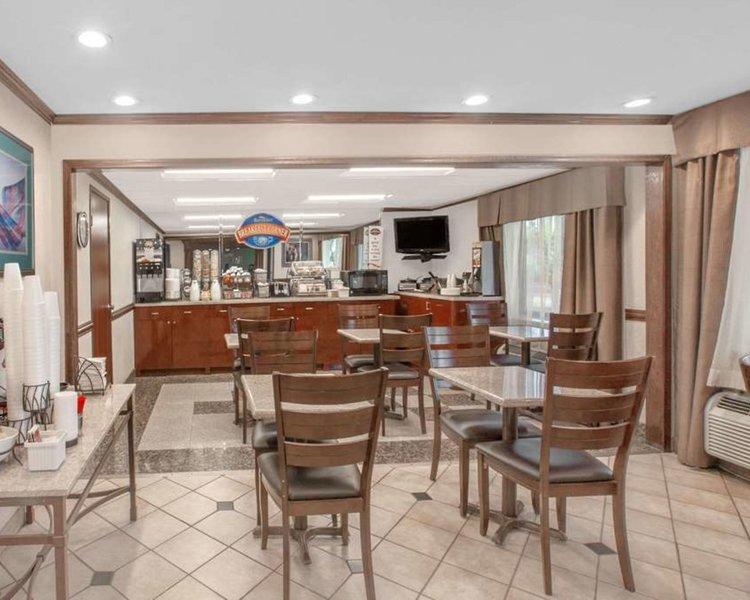 Baymont Inn & Suites Jackson Restaurant