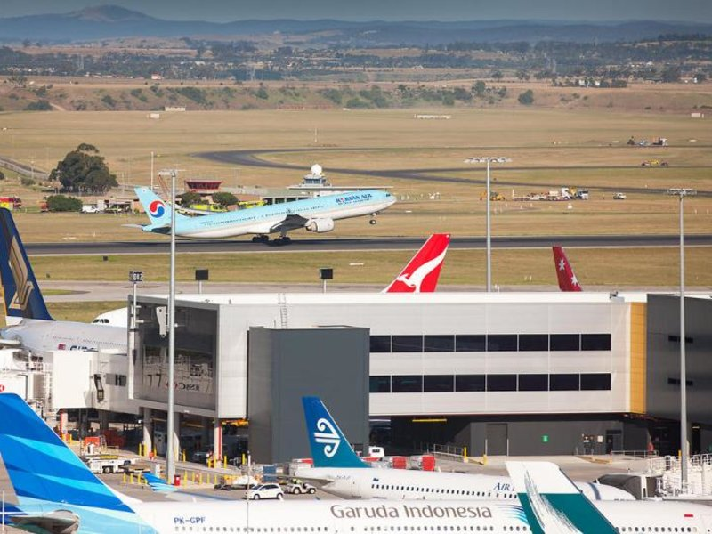PARKROYAL Melbourne Airport  Strand