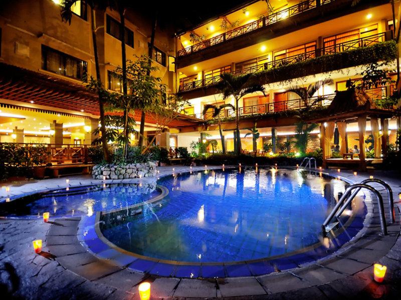 Sukajadi Hotel Pool
