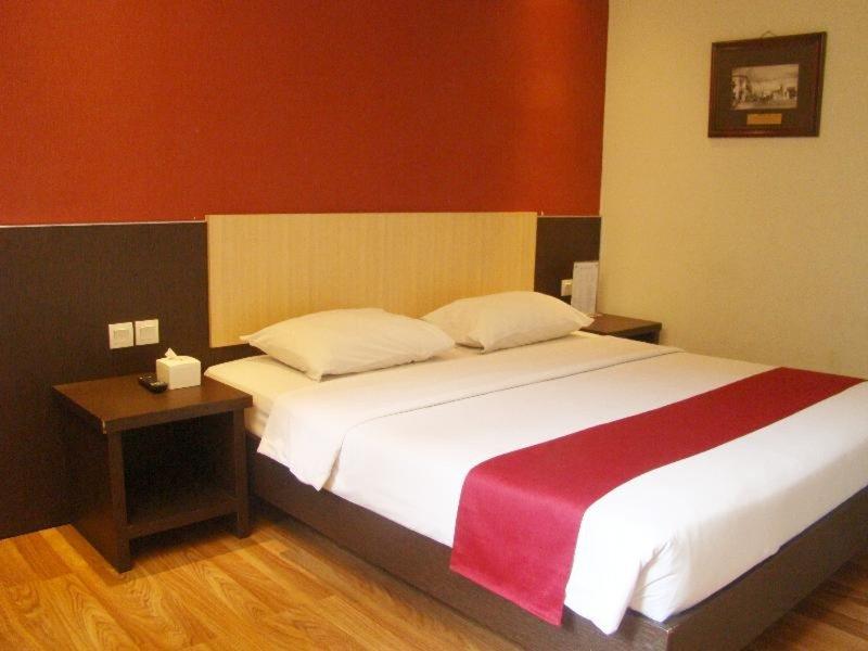 Sukajadi Hotel Wohnbeispiel