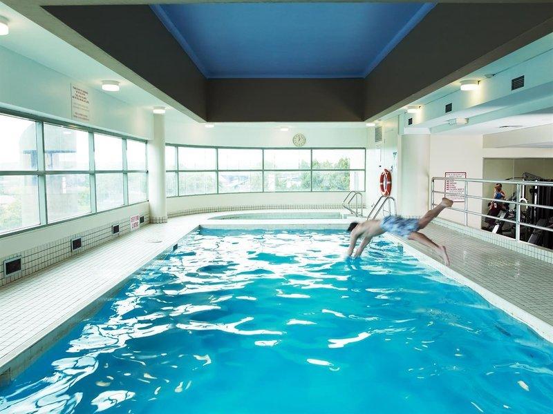 Rydges Parramatta Pool
