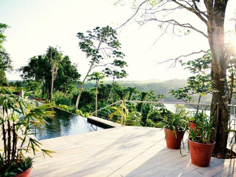 Hotel Guamini Mision Pool