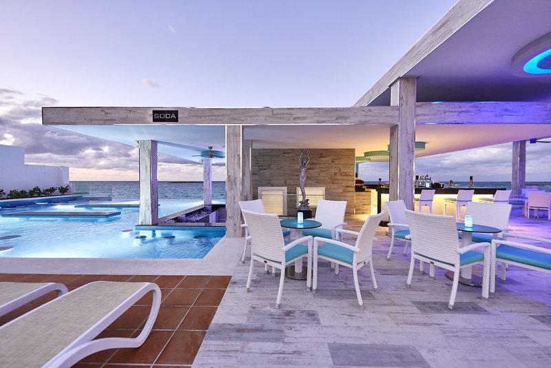 Riu Palace Paradise Island Restaurant