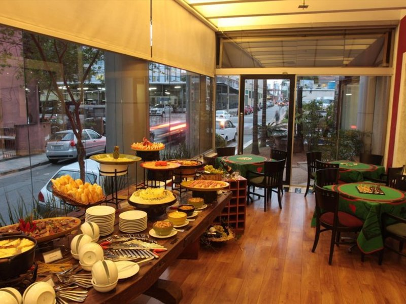 Estanplaza International Restaurant
