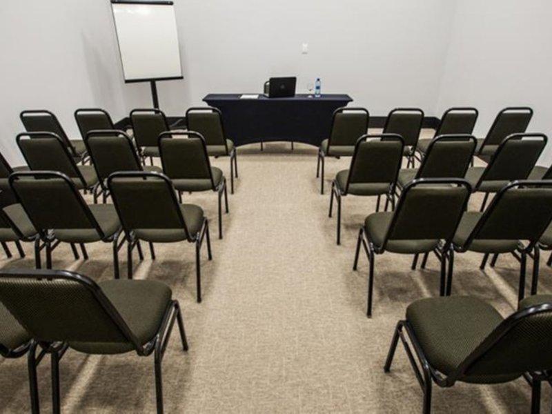 Slaviero Slim Cuiaba Aeroporto Konferenzraum