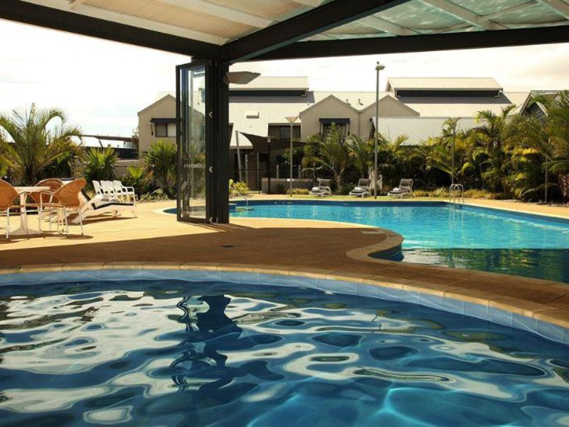 Mantra Geraldton Pool